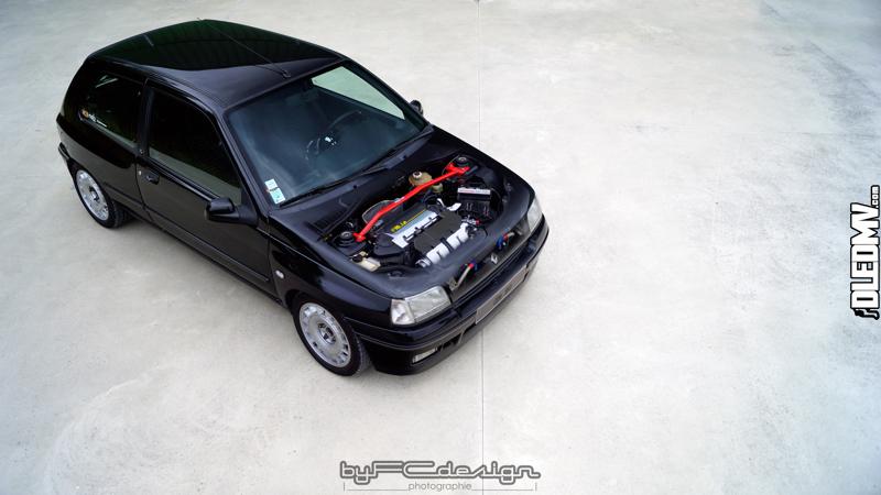 Renault Clio 16s vs CAP 10... Sur la terre ou dans les airs ! 11