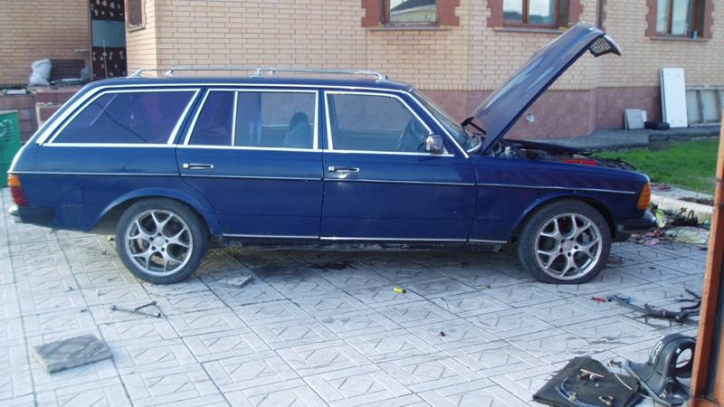 DLEDMV - Mercedes W123 Wagon swap V12 Pagani - 04