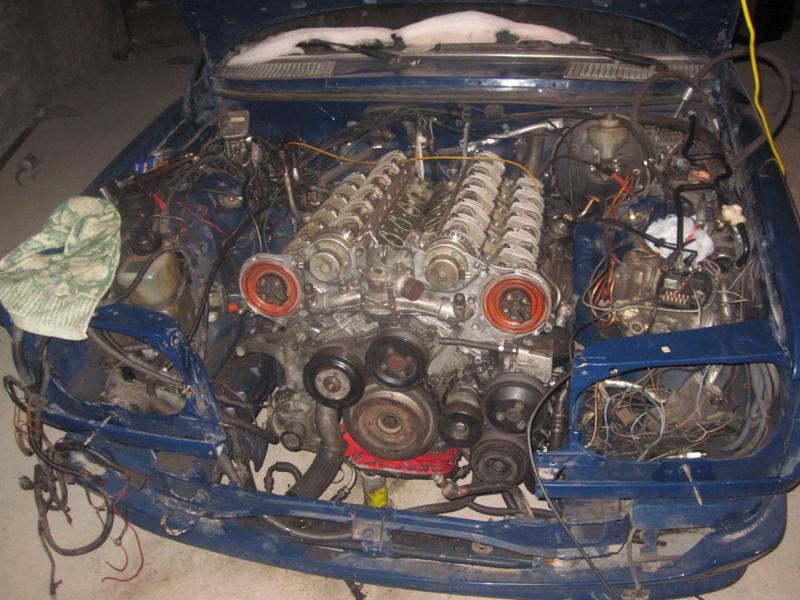 DLEDMV - Mercedes W123 Wagon swap V12 Pagani - 05