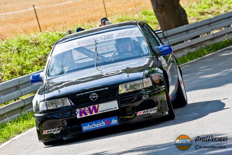 DLEDMV - Opel Vectra STW Flatz - 01