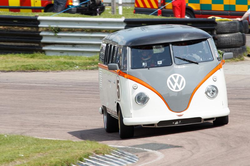 DLEDMV - VW COmbi FB1 Race Taxi - 09