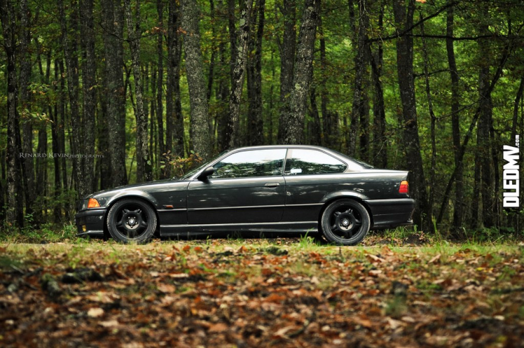 DLEDMV - BMW M3 E36 black Kevin R - 08