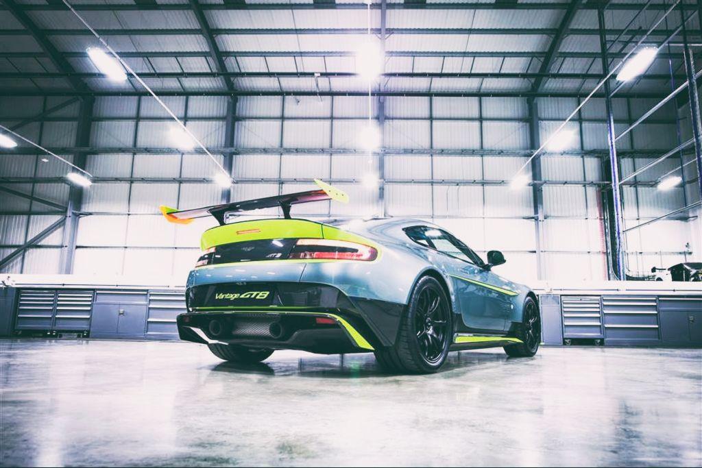 DLEDMV - Aston V8 Vantage GT8 - 05