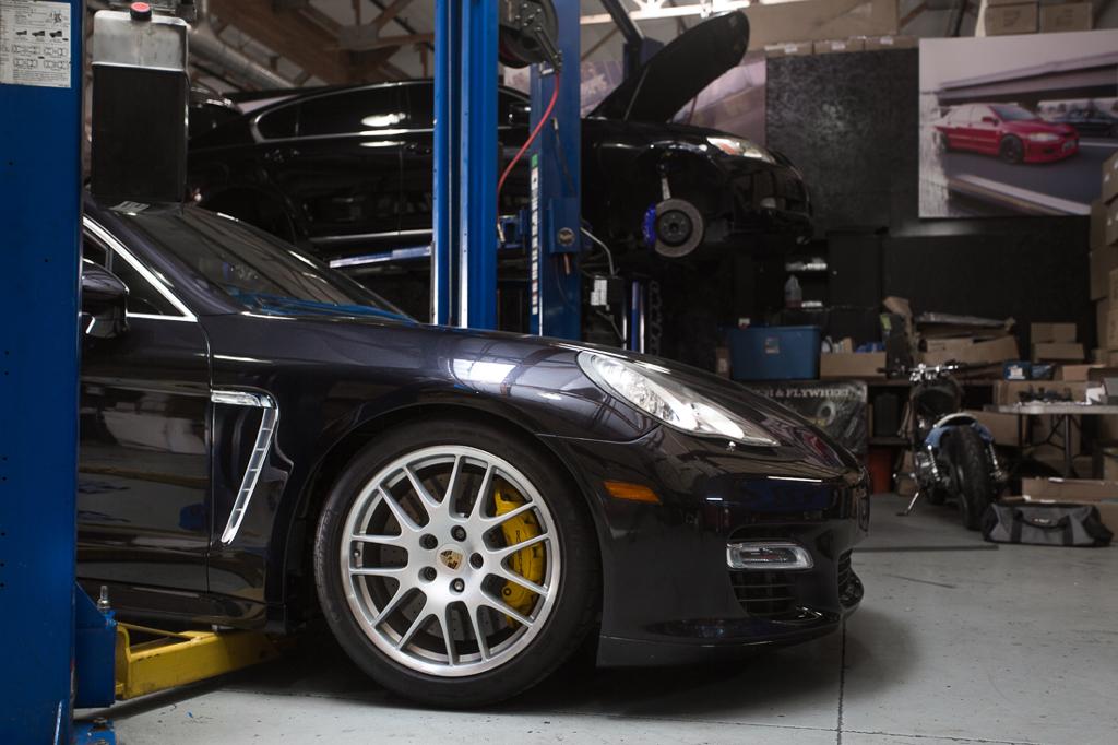 DLEDMV - Porsche Panamera Vivid Racing - 03