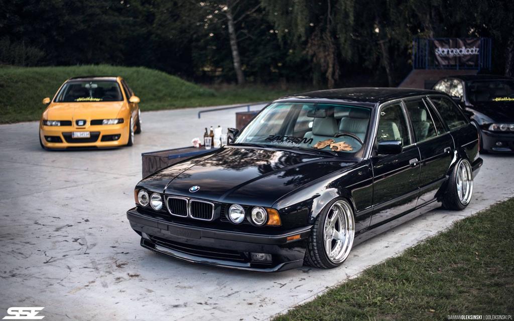 DLEDMV - BMW E34 Touring Slammed - 12