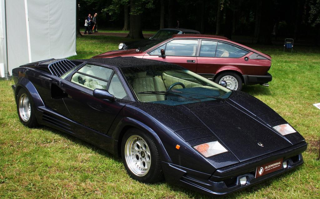 DLEDMV - Lamborghini Countach 25th - 04