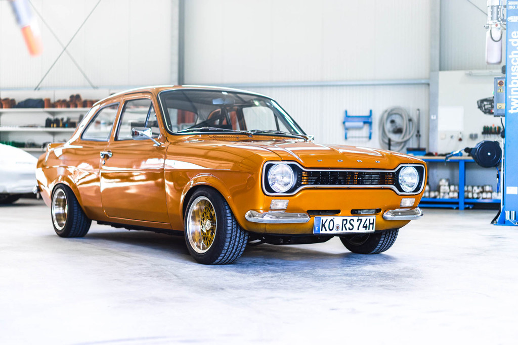 DLEDMV - Ford Escort RS2000 MK1 Restomod -13