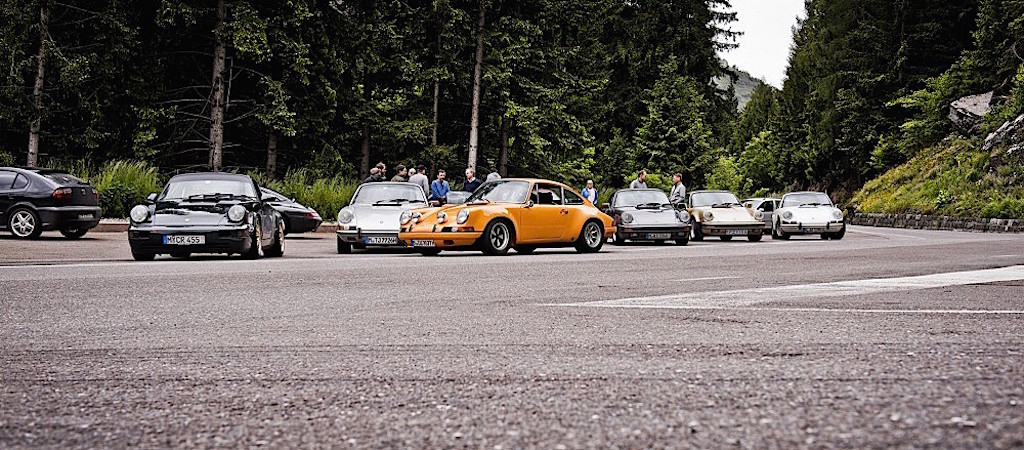 DLEDMV - Porsche 911 Curve Drive -01