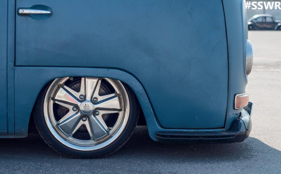 DLEDMV - Slammed VW Combi panel - 03