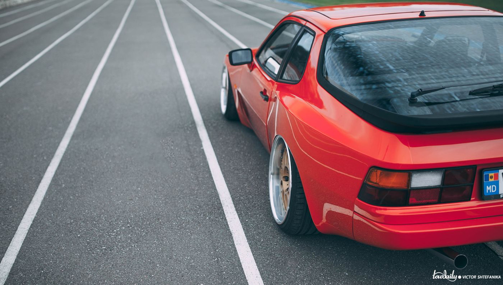 dledmv-porsche-944-air-ride-work-09