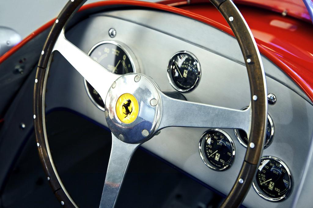 dledmv-evolution-of-f1-steering-wheels-02