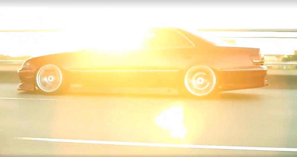 dledmv-toyota-chaser-slammed-sedan-03