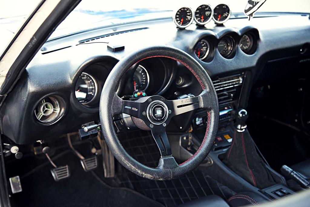 Datsun GT 240 Z... En Gulf et RB25 ! 26