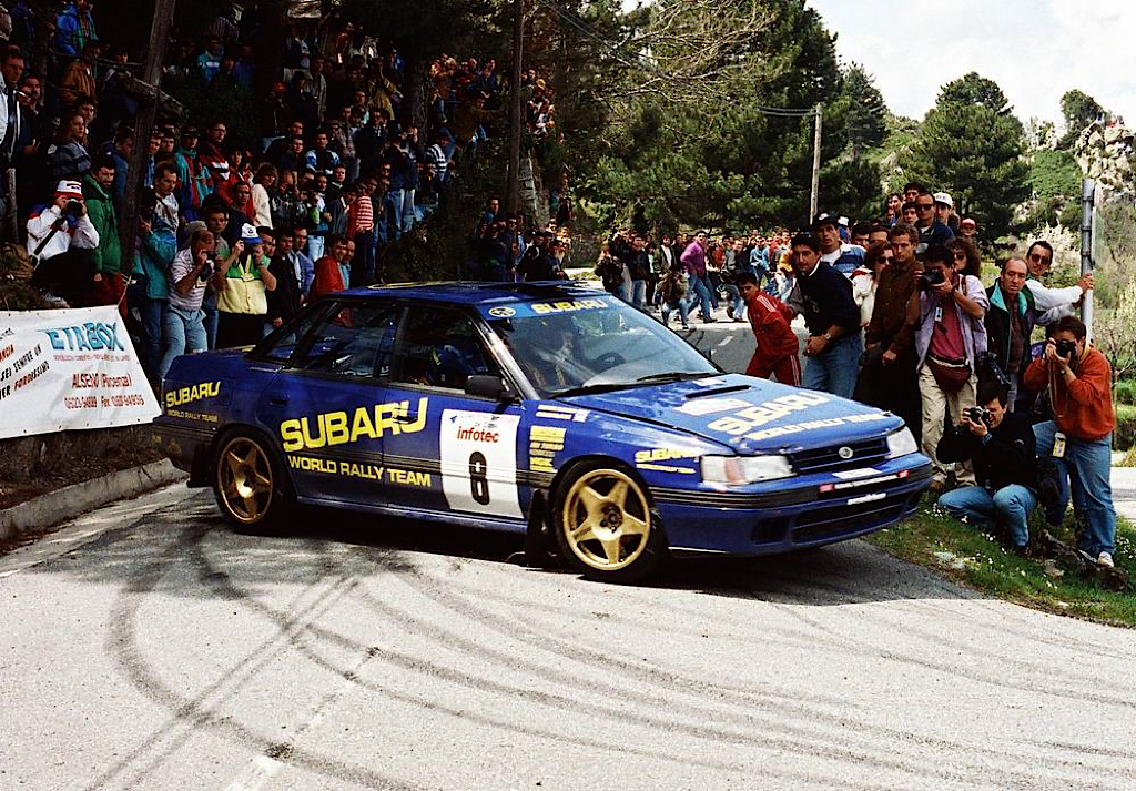 Subaru Legacy WRC... avec un certain Colin McRae 33