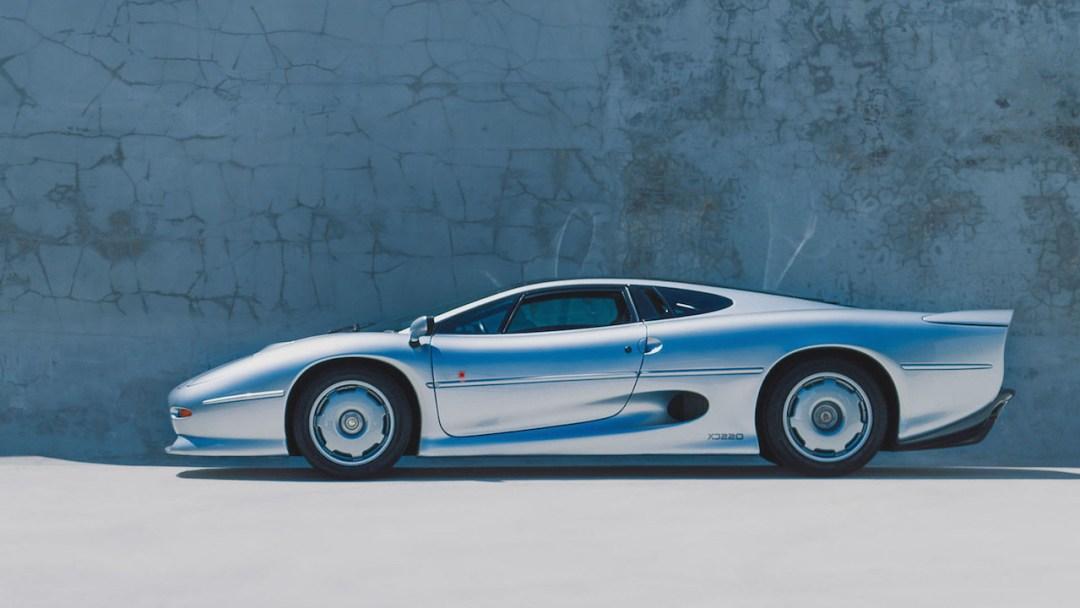 Jaguar XJR15 : De la piste à la route... 50