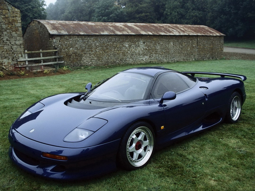 Jaguar XJR15 : De la piste à la route... 44