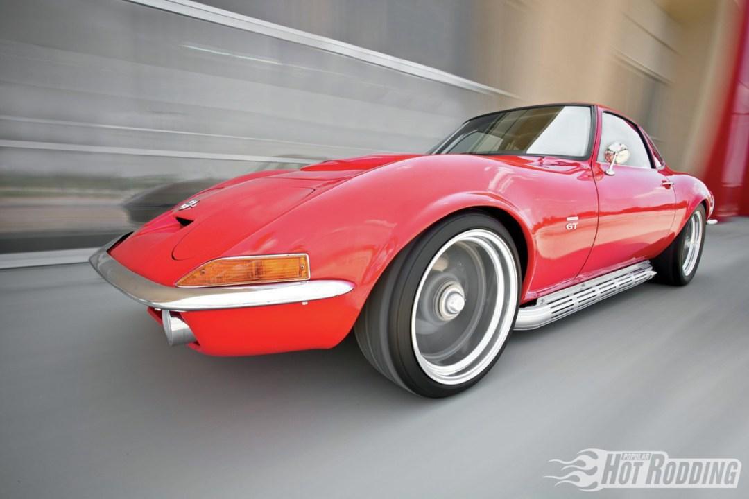 Opel GT... En V8, elle n'a jamais autant ressemblé à la Corvette ! 41