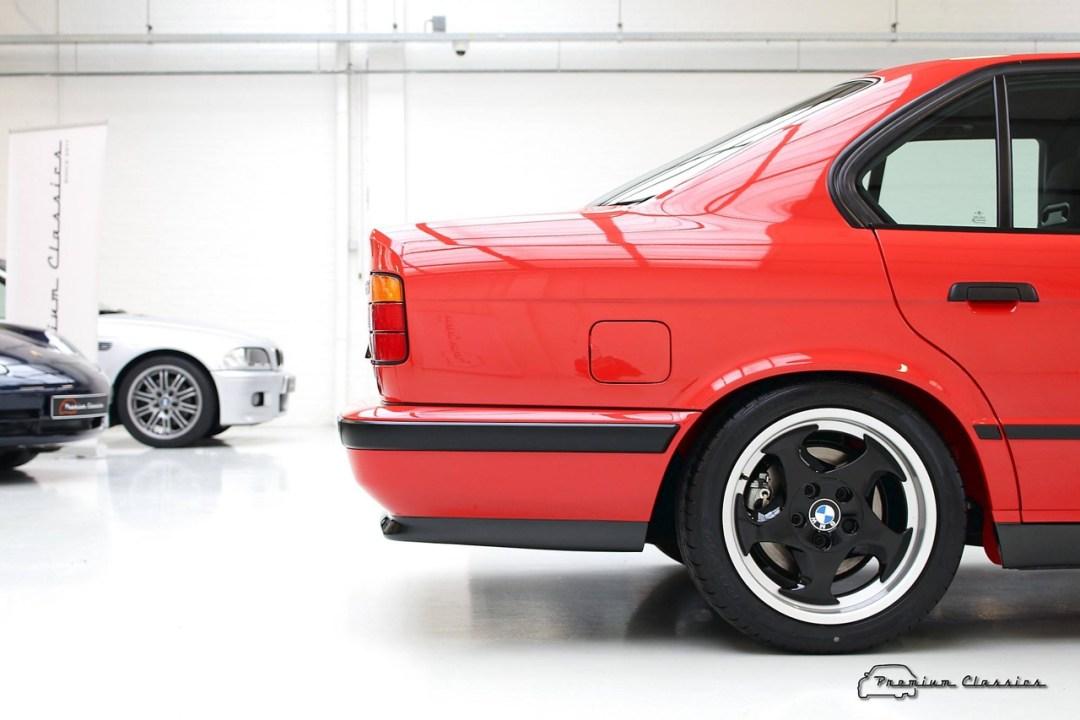 BMW M5 20 Jahre - La plus rare, la plus désirable ?! 91