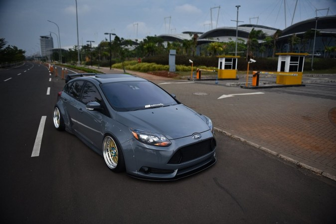 DLEDMV Ford Focus Large 10