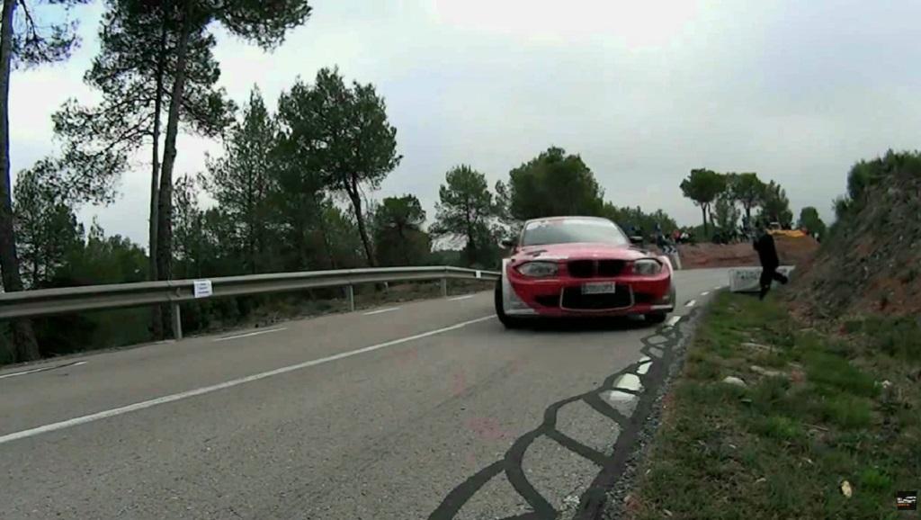 HillClimb Monsters - BMW Série 1... Par la portière ! 14