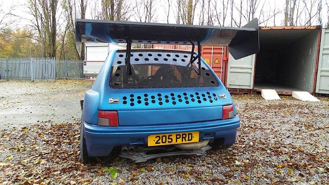 Peugeot 205 Twin V6... Sont fous ces anglais ?! 21