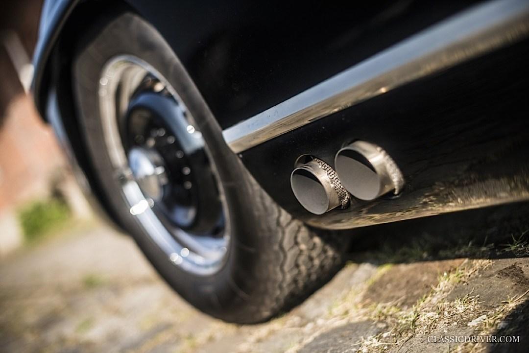 Mercedes 300 SL outlaw... en top chop et side pipe ! 107