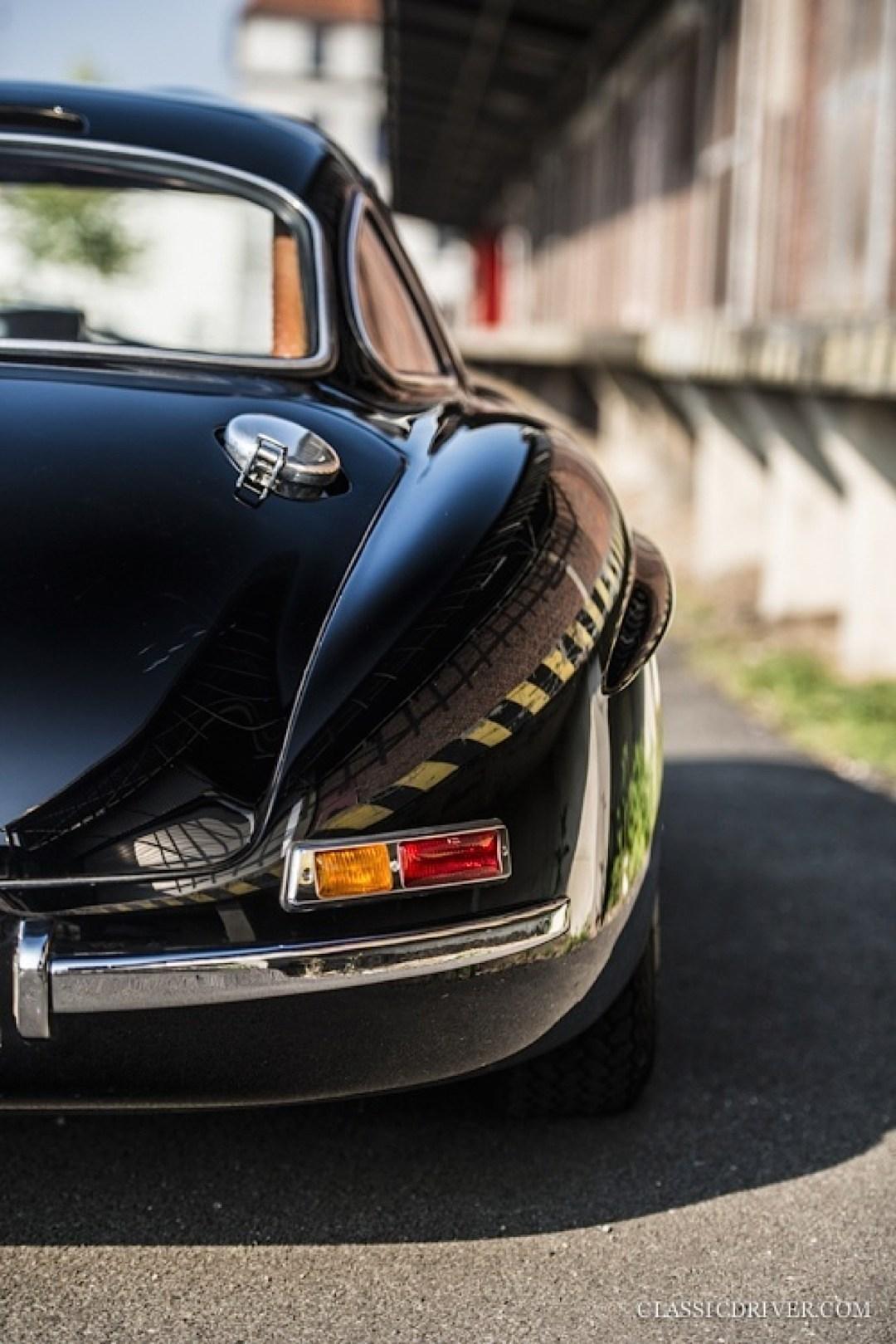 Mercedes 300 SL outlaw... en top chop et side pipe ! 118