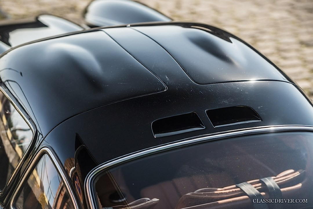 Mercedes 300 SL outlaw... en top chop et side pipe ! 124