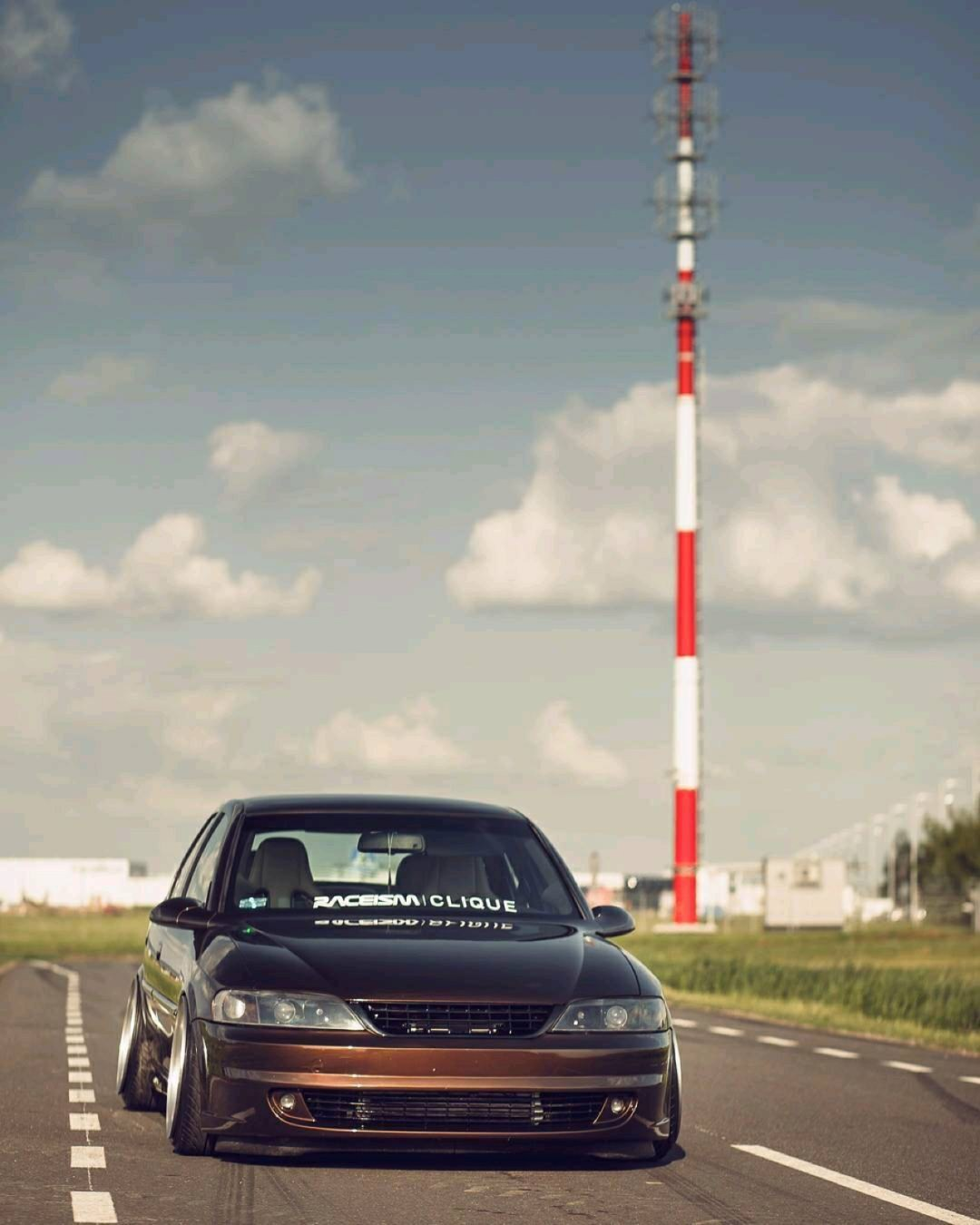 Slammed Opel Vectra... Pari osé ! 32