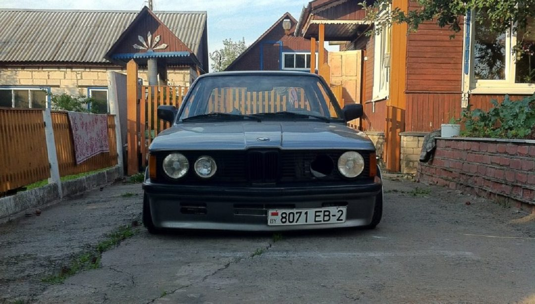 BMW E21 - Dirty Stance ! 8