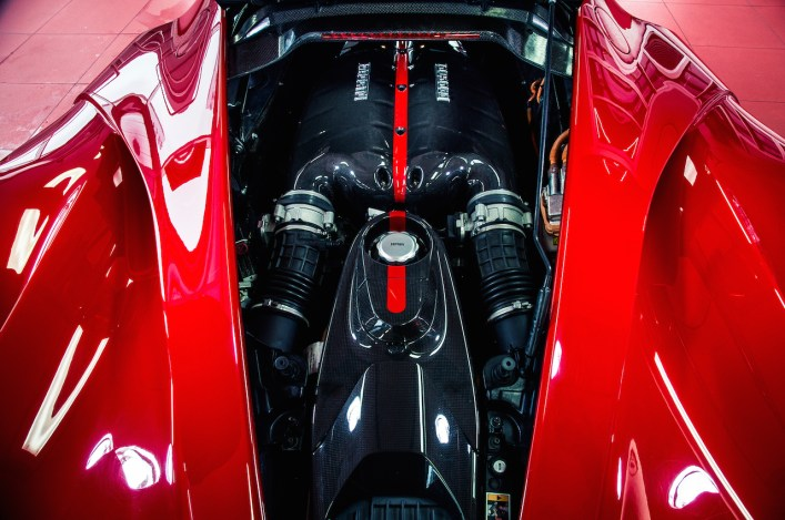 DLEDMV Engine - V12 LaFerrari