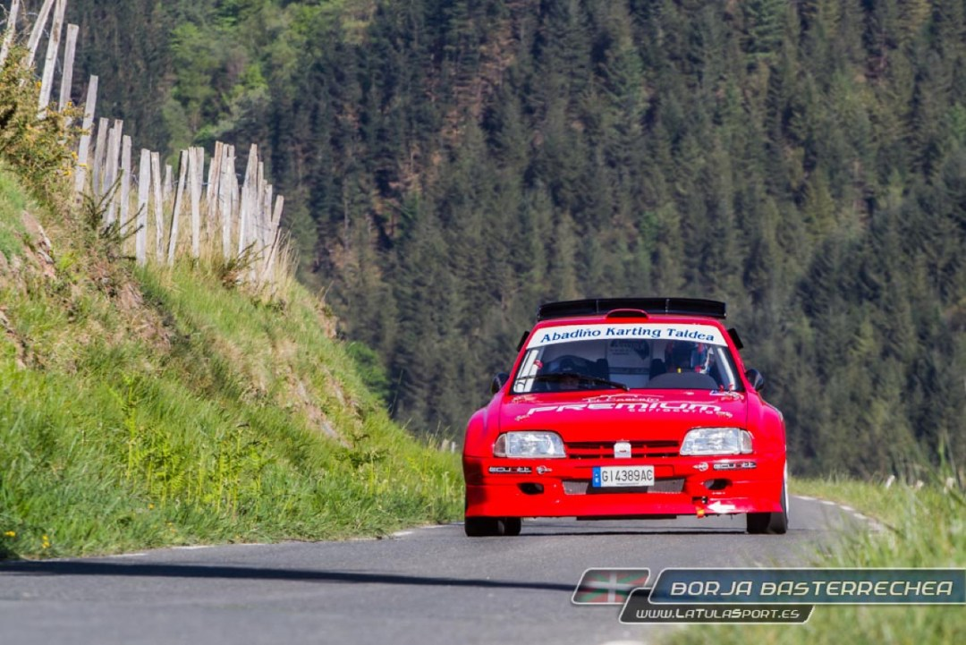 Hillclimb Monster : Citroën + AX + Hayabusa = 230 ch pour 700 kg ! 5