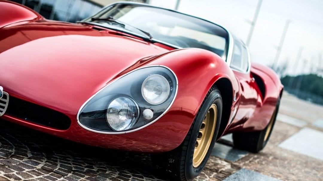 Alfa Romeo T33 Stradale... Oeuvre d'art sur roues ! 39