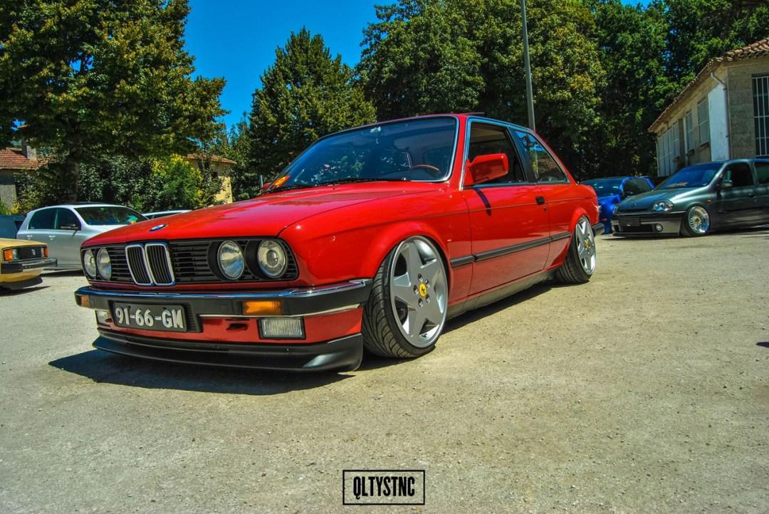 Une BMW E30 chaussée en Ferrari ! 32