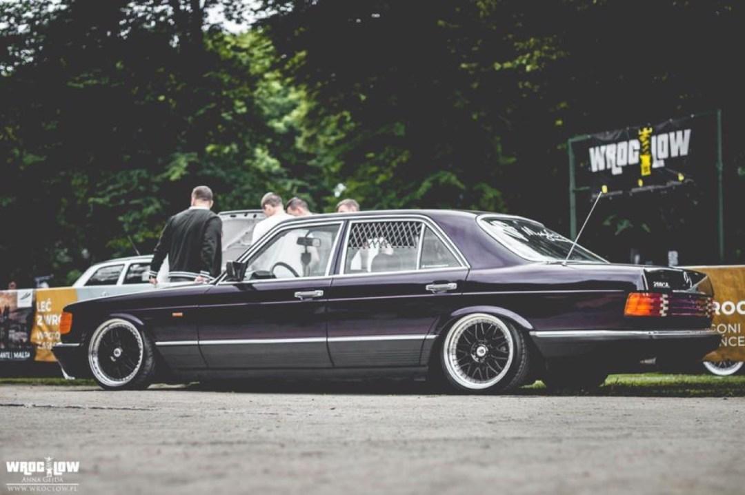 Bagged Mercedes 280 SE W126 par Magic Garage 33