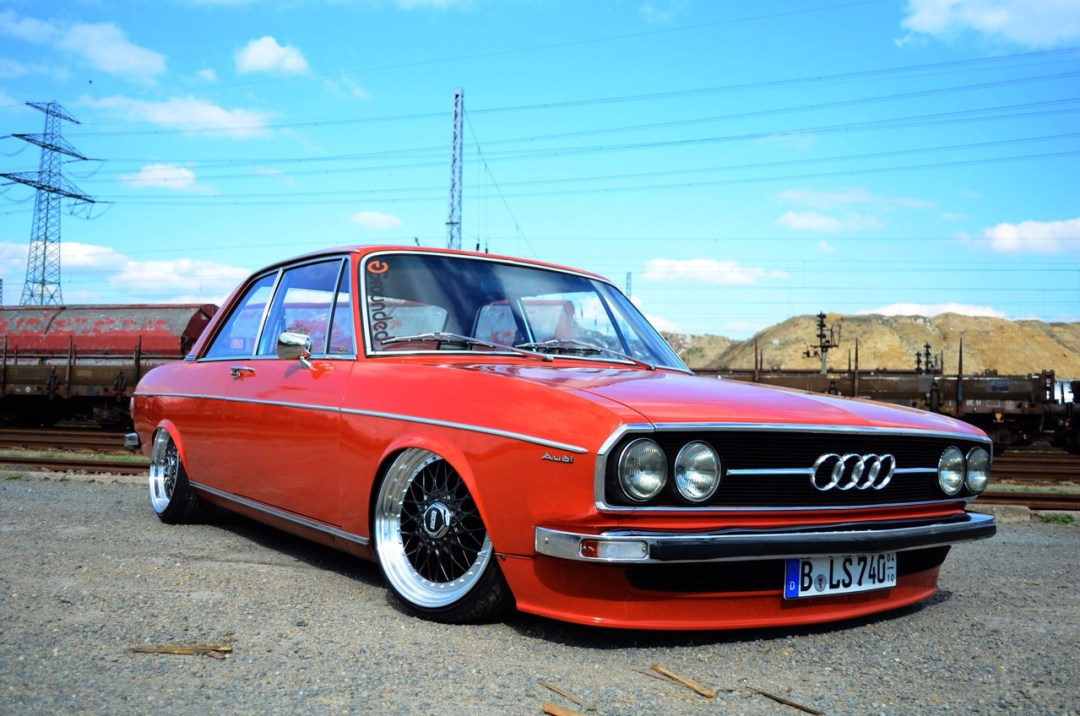 Slammed Audi 100 C1 Coupé - Survivor ! 44