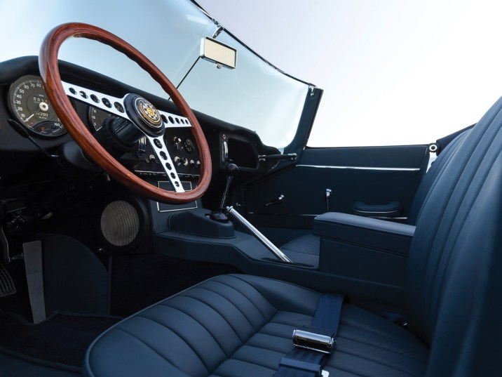 - DLEDMV 2K18 - Jaguar Type E 4.2 roadster - 30