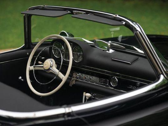 DLEDMV 2K18 - Mercedes 300 SL Roadster RM Sotheby's05