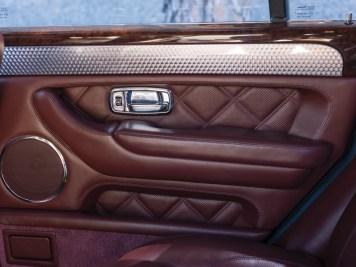 DLEDMV 2K18 - Bentley Arnage T RM Sotheby's - 06