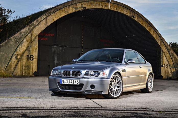 DLEDMV 2K19 - BMW M3 Serie Limitée E46 CSL - 001