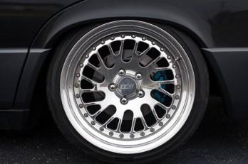 DLEDMV - Slammed Mercedes 190e CCW - 02