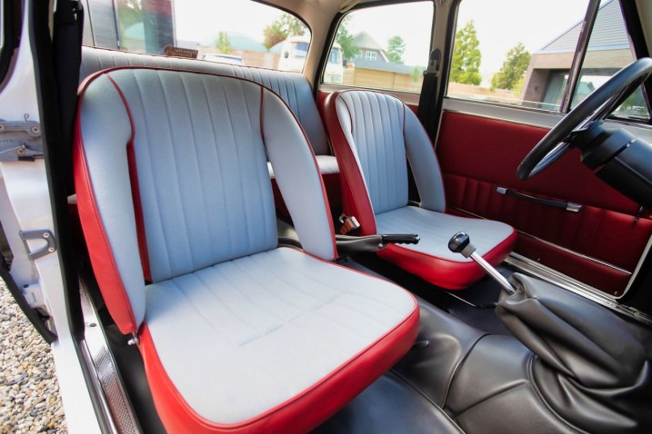 DLEDMV 2019 - Alfa Giulia 1300 Super 2100 Restomod - 030