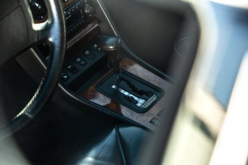DLEDMV 2021 - Mercedes 560 TEL break RM Sotheby's - 008