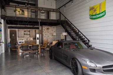 DLEDMV 2021 - Garage awesome petrolhead - 010