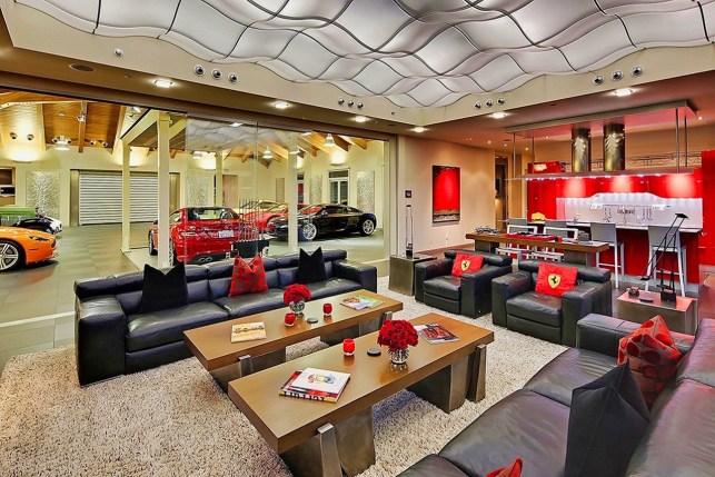 DLEDMV 2021 - Car home garage - 014