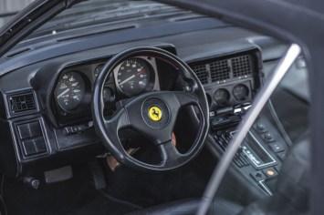 DLEDMV 2021 - Ferrari 400i cab rod stewart - 008