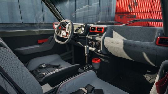 DLEDMV 2021 - R5 Turbo 3 L.A Restomod - 011