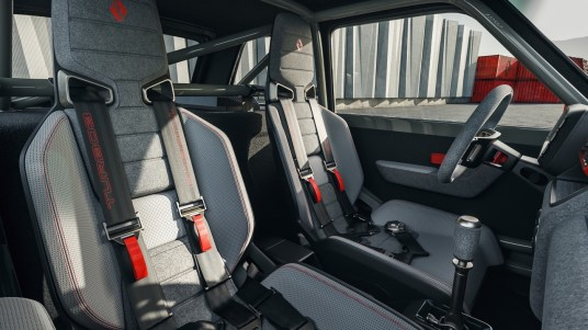 DLEDMV 2021 - R5 Turbo 3 L.A Restomod - 013