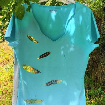 Tee-Shirt à plumes