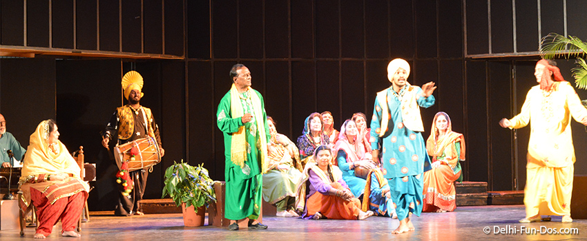 Chann Badlan Da – A Punjabi play